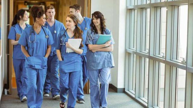 Ординатура для медработников: что это такое, сколько длится, особенности и преимущества перед интернатурой